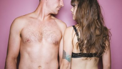 When Sex With A Friend Makes Things Awkward Between You, Here's How To Fix It