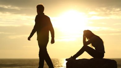 10 Signs He Already Has One Foot Out The Door In Your Relationship